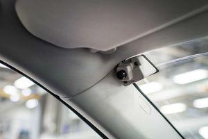 Volvo gây tranh cãi khi thêm camera theo dõi lái xe