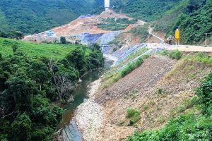 Xây dựng thủy điện Xoóng Con (Nghệ An): Vì sao người dân phải 'lạy' chủ đầu tư?