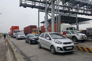 Hải Phòng: Ùn tắc kéo dài tại Trạm BOT Tiên Cựu trong ngày đầu thu phí