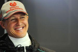 Gia đình hé lộ thông tin hiếm hoi về sức khỏe của huyền thoại F1 Schumacher