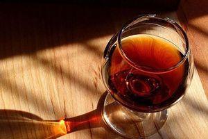 Những bệnh ung thư có 'nguồn gốc' từ thức uống nhiều người Việt nghiện
