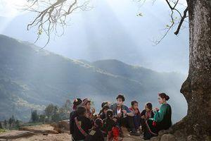 Thiên nhiên Y Tý đẹp như tranh trong MV 'Nhà em ở lưng đồi' của Thu Hằng