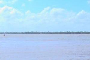 Tiền Giang: Chìm sà lan khiến 3 người mất tích