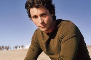 Ngỡ ngàng những vai diễn biến hóa 'gây sốc' của Christian Bale
