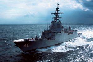 Khu trục lớp Hobart của Hải quân Australia phô diễn sức mạnh