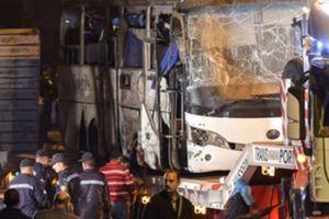 3 nạn nhân tử vong trong vụ đánh bom ở Ai Cập về tới quê hương