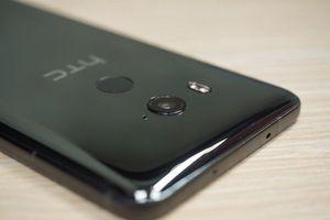 HTC tiếp tục trượt dốc, báo cáo tài chính tháng 12 không hề khả quan