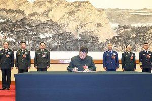 Ông Tập Cận Bình yêu cầu quân đội Trung Quốc chuẩn bị tốt cho chiến tranh