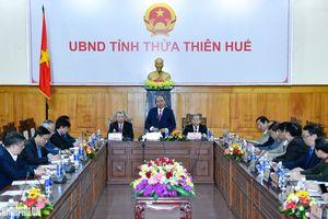 Thủ tướng làm việc với Thừa Thiên Huế và kiểm tra công tác chuẩn bị Tết Nguyên đán