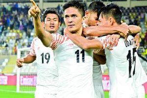 Tiền đạo Ấn Độ xé lưới Thái Lan nói gì khi vượt thành tích của Messi?