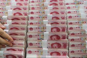 Nhiều siêu thị Trung Quốc từ chối tiền mặt, Ngân hàng Trung ương tức giận