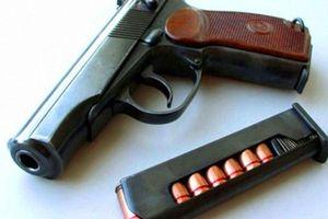Chủ tịch công ty xây dựng ở Sài Gòn báo mất 3 khẩu súng
