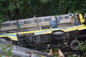 Người cứu 10 nạn nhân vụ ôtô lật ở đèo Hải Vân: Họ kêu la thất thanh