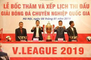 Bóng đá Thái Lan giúp V-League 2019 sử dụng công nghệ VAR