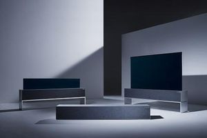 Tivi OLED có thể cuộn đầu tiên trên thế giới ra mắt tại CES 2019