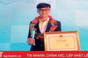 Sinh viên Đại học Hà Tĩnh 'ẵm' 2 giải thưởng của Trung ương Hội Sinh viên