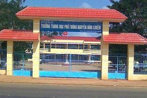 Đắk Lắk: Công an điều tra vụ nam sinh bị bạn rút dao đâm tử vong ngay sau trường