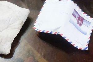 Vụ Đội Quản lý thị trường bị tố 'làm luật': Tạm giữ phong bì chứa tiền phục vụ điều tra