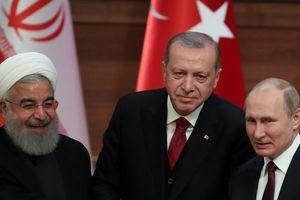 Thổ Nhĩ Kỳ kêu gọi Nga cùng kiểm soát việc Mỹ rút quân khỏi Syria