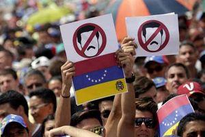 Nga cảnh báo Mỹ đang muốn cách mạng màu Venezuela
