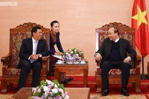 Thủ tướng tiếp Thống đốc Ngân hàng CHDCND Lào