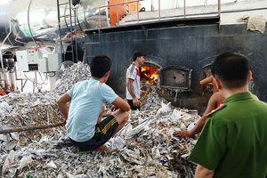 Phát hiện doanh nghiệp đốt rác thải công nghiệp không đúng quy định