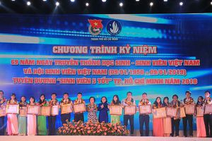TPHCM tuyên dương 188 'Sinh viên 5 tốt' cấp thành phố