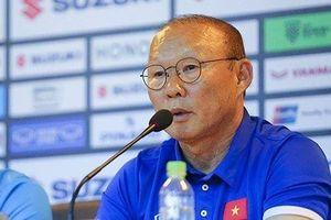 Dành lời khen cho các học trò nhưng HLV Park Hang-seo không hài lòng với hàng thủ Việt Nam