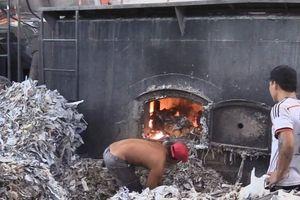 Bắt quả tang công ty đốt rác thải công nghiệp gây nguy hại môi trường