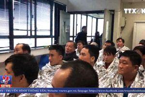 Tình hình 21 thủy thủ trên tàu bị bốc cháy ở Hong Kong
