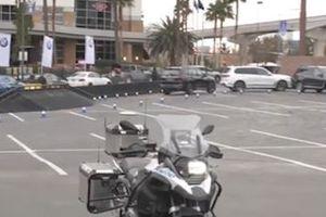 Môtô BMW tự lái giữ an toàn cho người lái