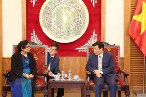 Bộ trưởng Nguyễn Ngọc Thiện tiếp Đại sứ Đặc mệnh toàn quyền Sri Lanka tại Việt Nam
