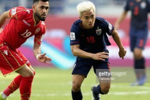 Kết quả Asian Cup 2019: 'Messi Thái' tỏa sáng, Voi chiến giành 3 điểm