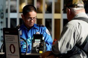 Hàng không Mỹ lo an toàn, an ninh vì chính phủ đóng cửa, nhân viên không được trả lương