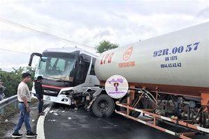 Lại thêm một vụ đâm xe ở đèo Hài Vân