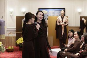 Ra mắt trăm bộ y phục đi lễ đầu năm