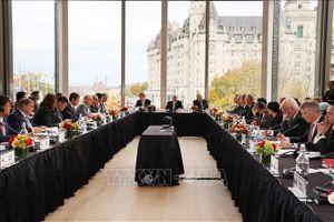 Mỹ, Nhật Bản và EU thúc đẩy thương mại điện tử và cải tổ WTO