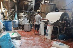 TP.HCM: Phát hiện hơn 2 tấn bún 'bẩn' đang chuẩn bị bán ra thị trường