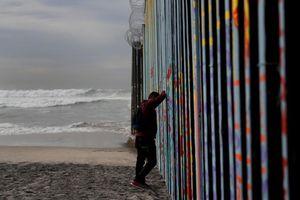 Cận cảnh biên giới Mỹ-Mexico, nguồn cơn khiến chính phủ Mỹ đóng cửa