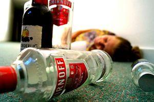 Có được phép dùng bia để giải độc rượu?