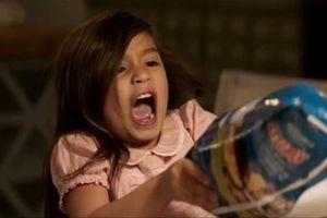 Những phân cảnh hài hước khiến khán giả không thể nhịn cười trong 'Con nuôi bất đắc dĩ'