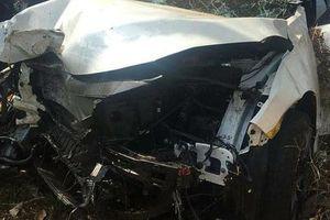 Hai ô tô tông nhau trên quốc lộ, người bán dưa hấu ở vỉa hè tử vong