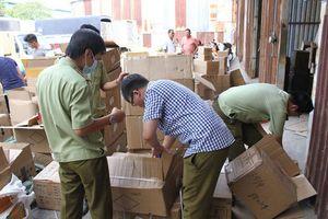 Phát hiện hơn 15 nghìn sản phẩm nước hoa 'made in quận 6'