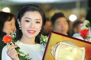 Sinh viên Học viện âm nhạc nhận giải thưởng Gương mặt trẻ Thủ đô tiêu biểu