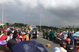 Nữ sinh 18 tuổi tử nạn dưới bánh xe tải trên đường đi học về