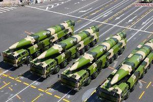Tên lửa khủng của Trung Quốc khó cản Mỹ trên biển Đông