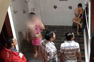 Cảnh sát đột kích 'động' thác loạn đồng tính nam ở Sài Gòn