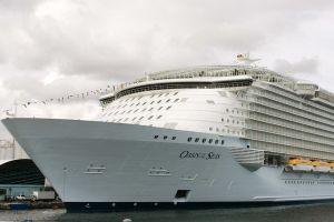 'Ác mộng' trên du thuyền chở 8.000 khách ở Caribbe