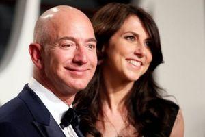 Vụ ly hôn 'thế kỷ' của tỷ phú Amazon: Cặp vợ chồng có hợp đồng tiền hôn nhân?