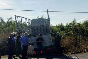 Gia Lai: Xe máy va chạm với xe tải, 3 chị em tử vong thương tâm